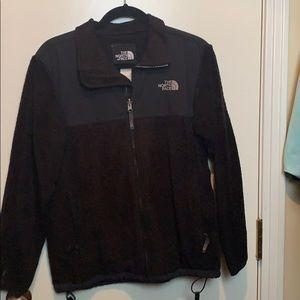 Black fuzzy north face Denali jacket
